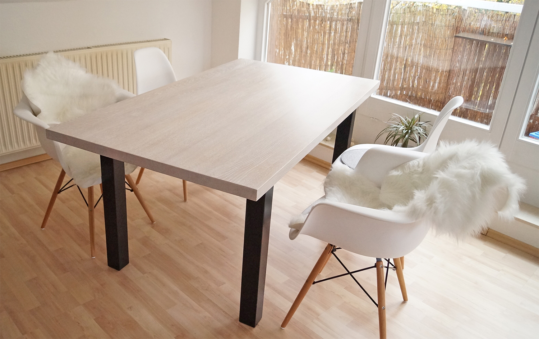 moderner esstisch in eiche massiv. Black Bedroom Furniture Sets. Home Design Ideas